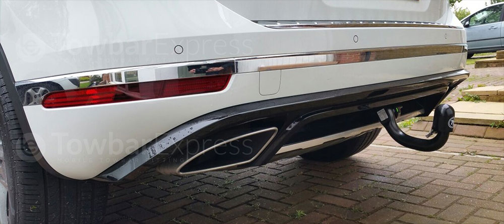 VW Touareg detachable swan neck towbar
