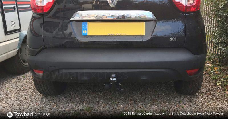 2015-Renault-Captur-detachable-swan-neck-Towbar